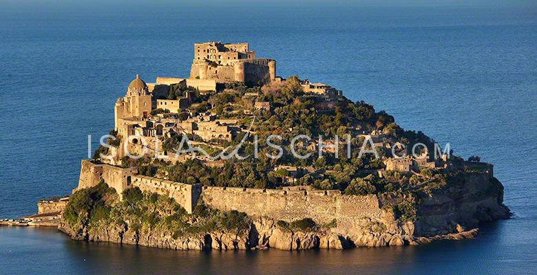 castello-aragonese-romantico