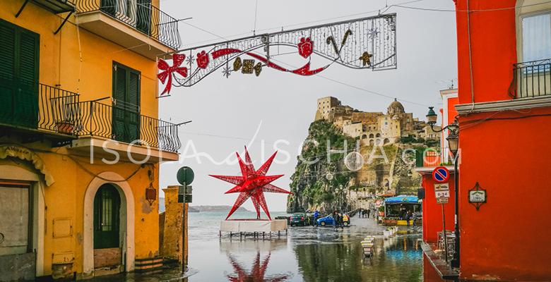 Il borgo di Ischia Ponte a Gennaio